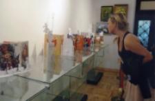 """Wystawa MBP """"Rzeźby z papieru książkami inspirowane"""" 1"""
